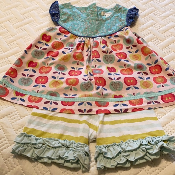 Matilda Jane two piece Top and Benny's